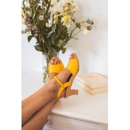 Sandales en bois et cuir, talon 6,5 cms